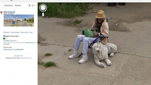 The 12 Most Unexpected And Funny Shots of Google Street View!