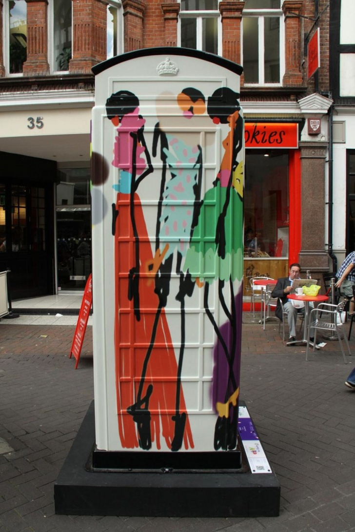 British Red Telephone Boxes aka Street Art! 10Pics