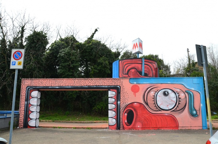 The Wacky Street Art by Mr.Thoms! 10 Pics!
