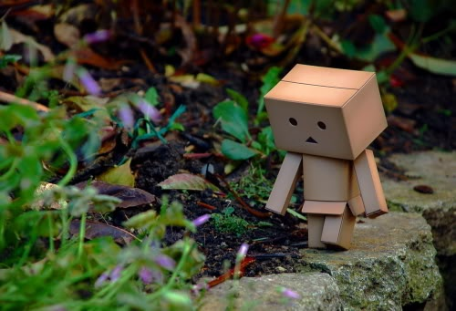 10 Funny Cardboard Robot pictures!