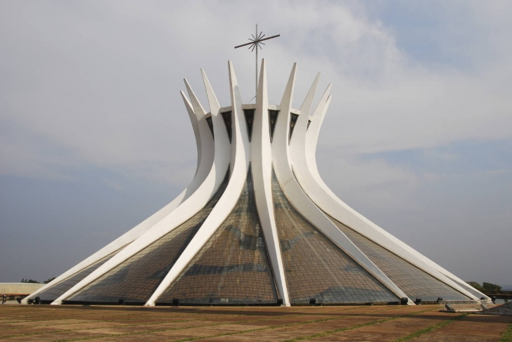 10 Most Interesting Buildings In The World!