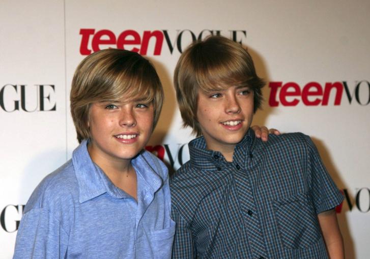 teenage-twins-masturbasi-hot-porn