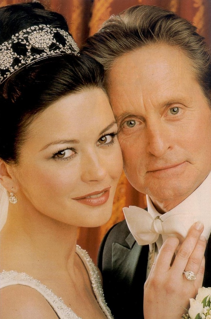 10 Most Expensive Celebrity Weddings!