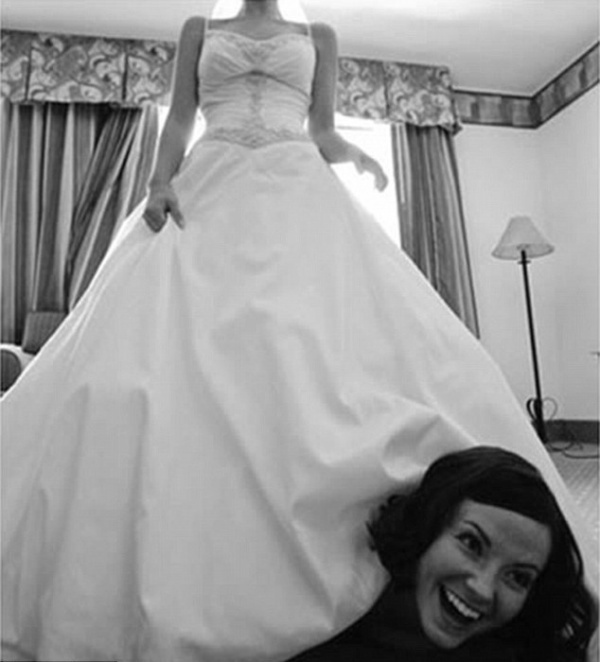 Top 10 Worst Wedding Photos Ever!