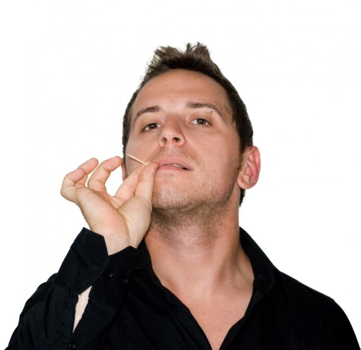 12 Harmful Habits You Should Avoid!