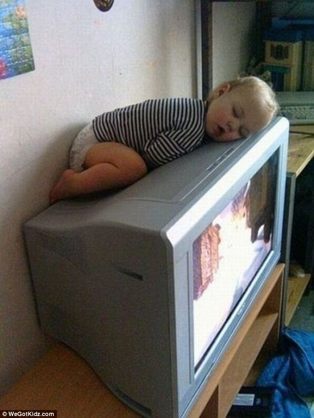 Sweet Kids Sleeping in the Most Unpredictable Places and Positions: 12 Pics!