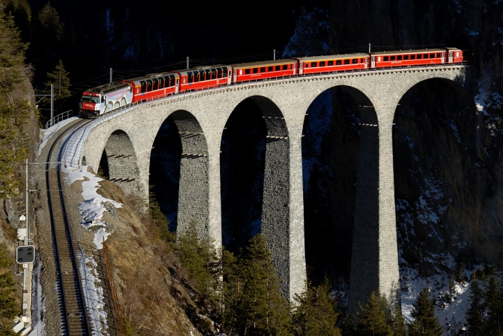 Most Amazing Railways in the World! 10 Pics!