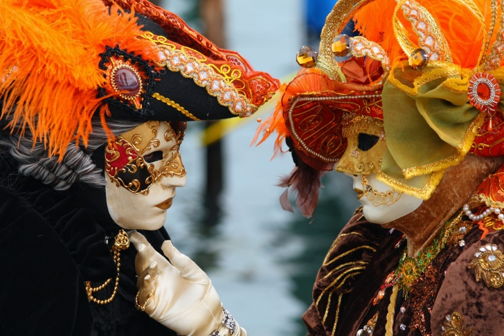 11 Amazing Festivals From Around the Globe!