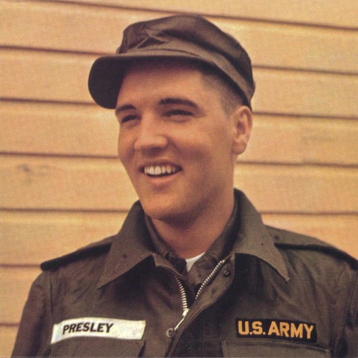 Celebrities Who Served in the Army: 10 Pics and Short Stories!