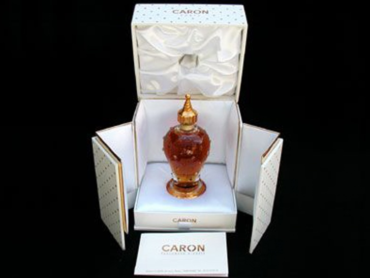 Top 10 Most Expensive Perfumes in the World!