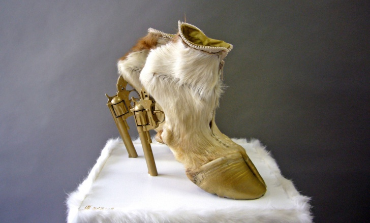 11 Ugliest Shoes In The History Of Fashion!
