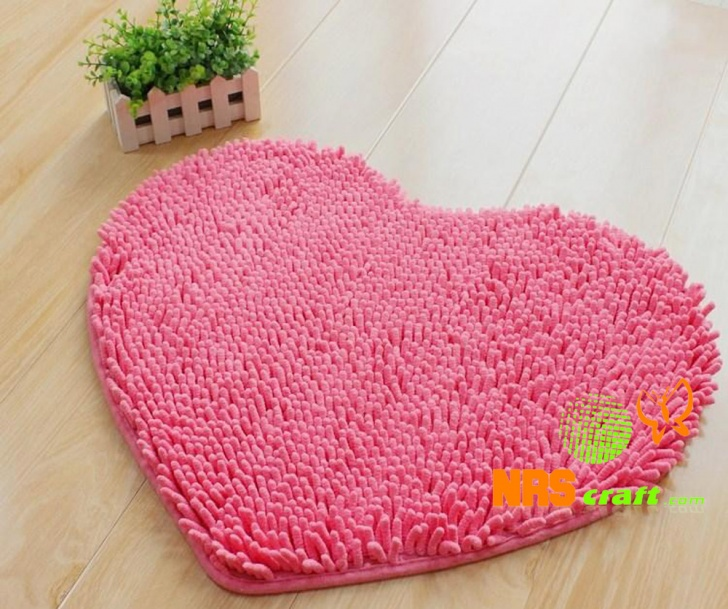 10 Coolest Bath Mats For Your Bathroom