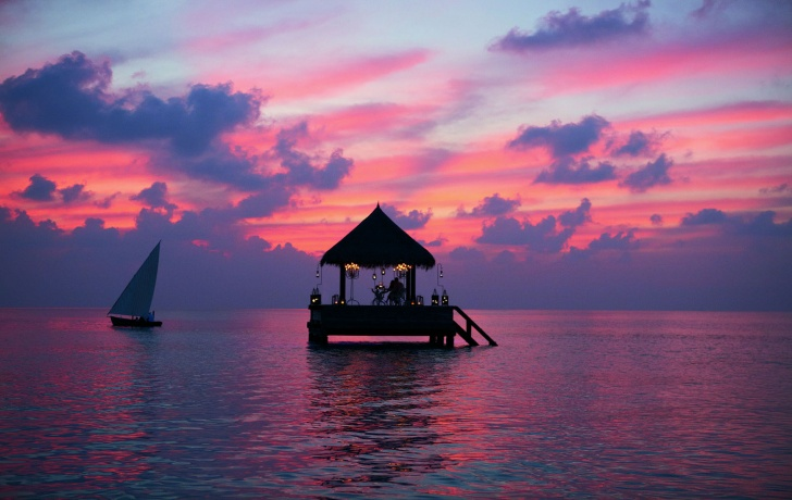15 Incredibly Beautiful Sunsets From Around the World!